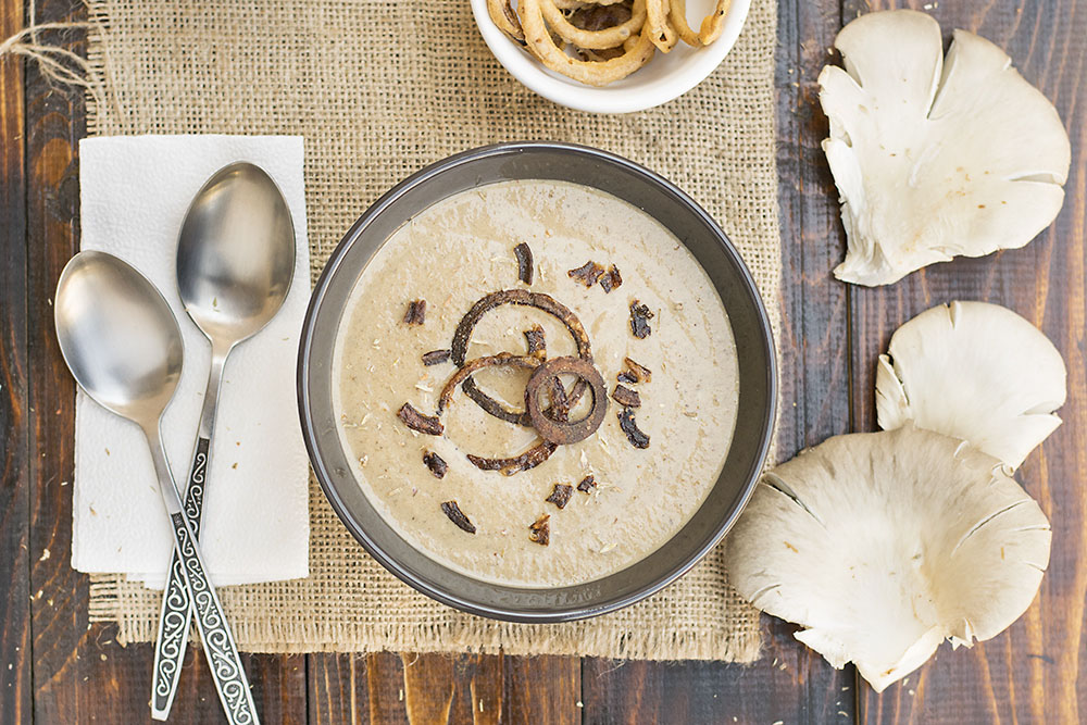 Creamy Italian mushroom soup with black garlic & porcini 2