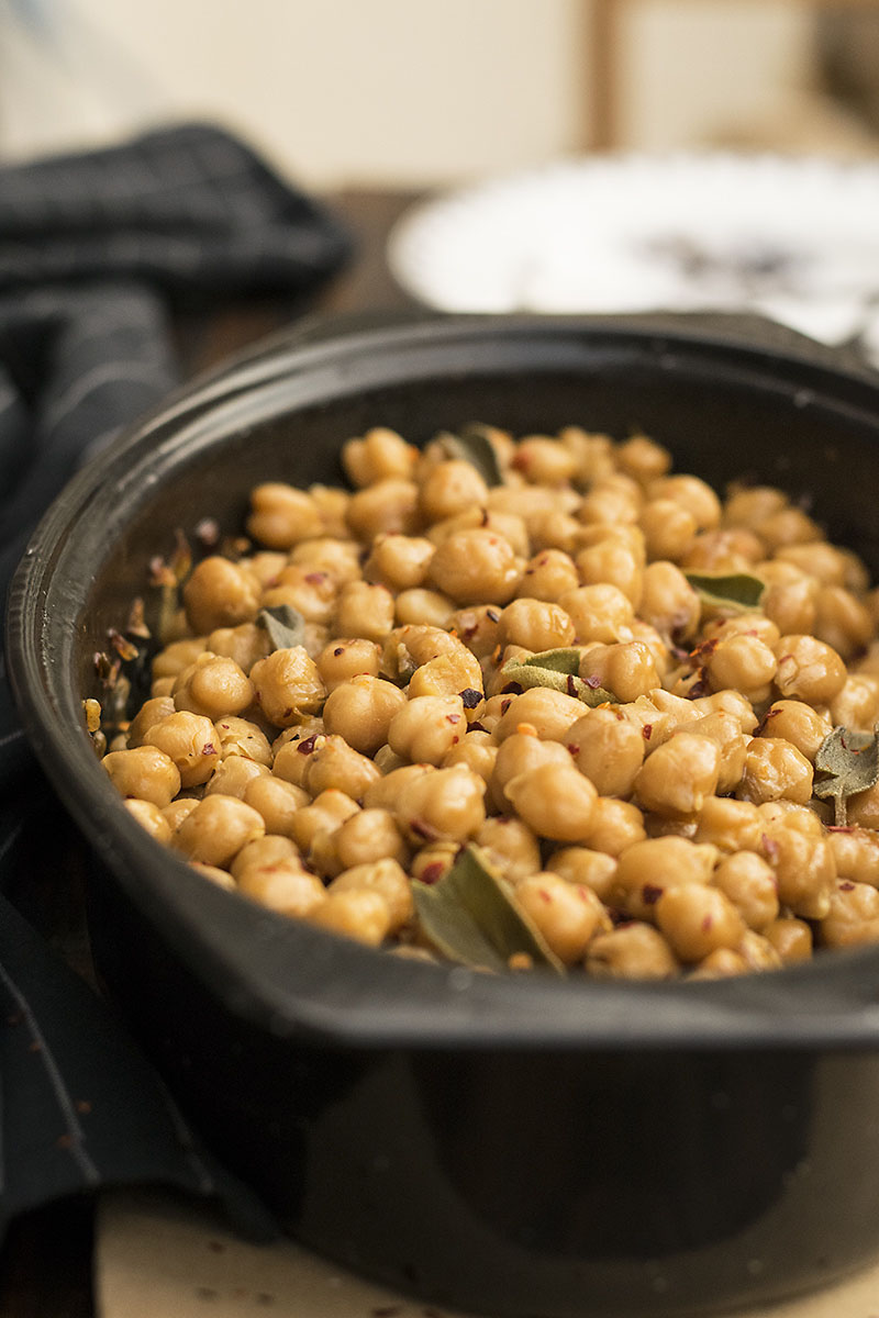 Greek traditional baked chickpeas (Revithada) 3