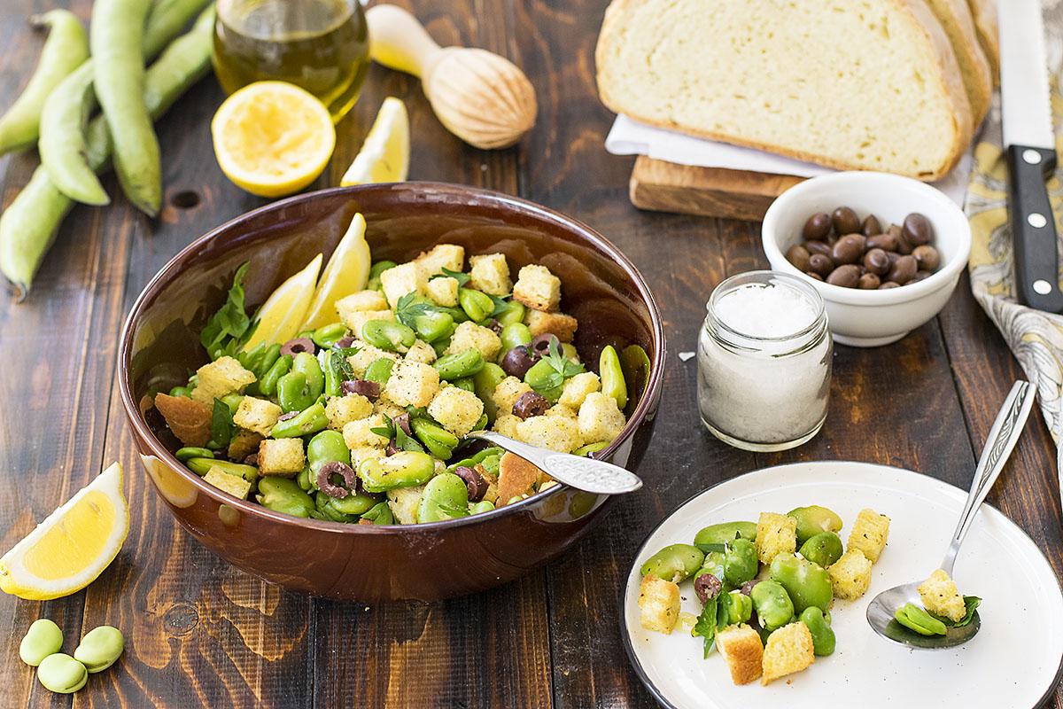 Fresh fava been salad and a fava spread – Vegan 6