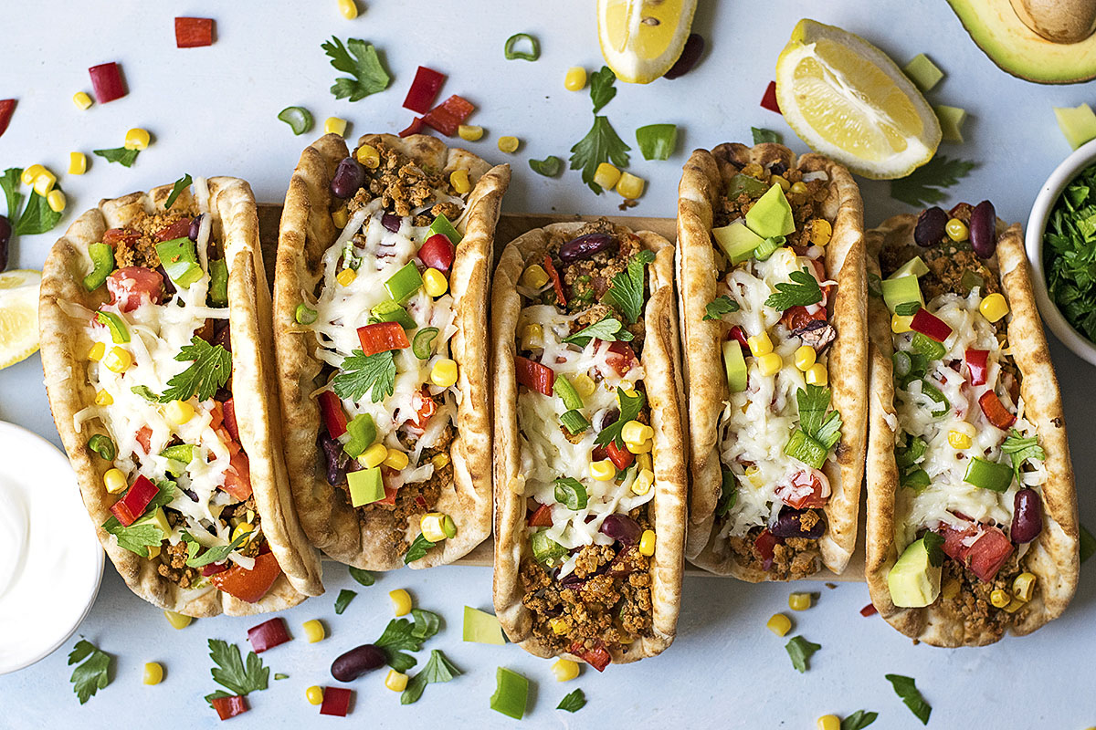 Pitacos – Pita bread tacos with minced beef and beans 3