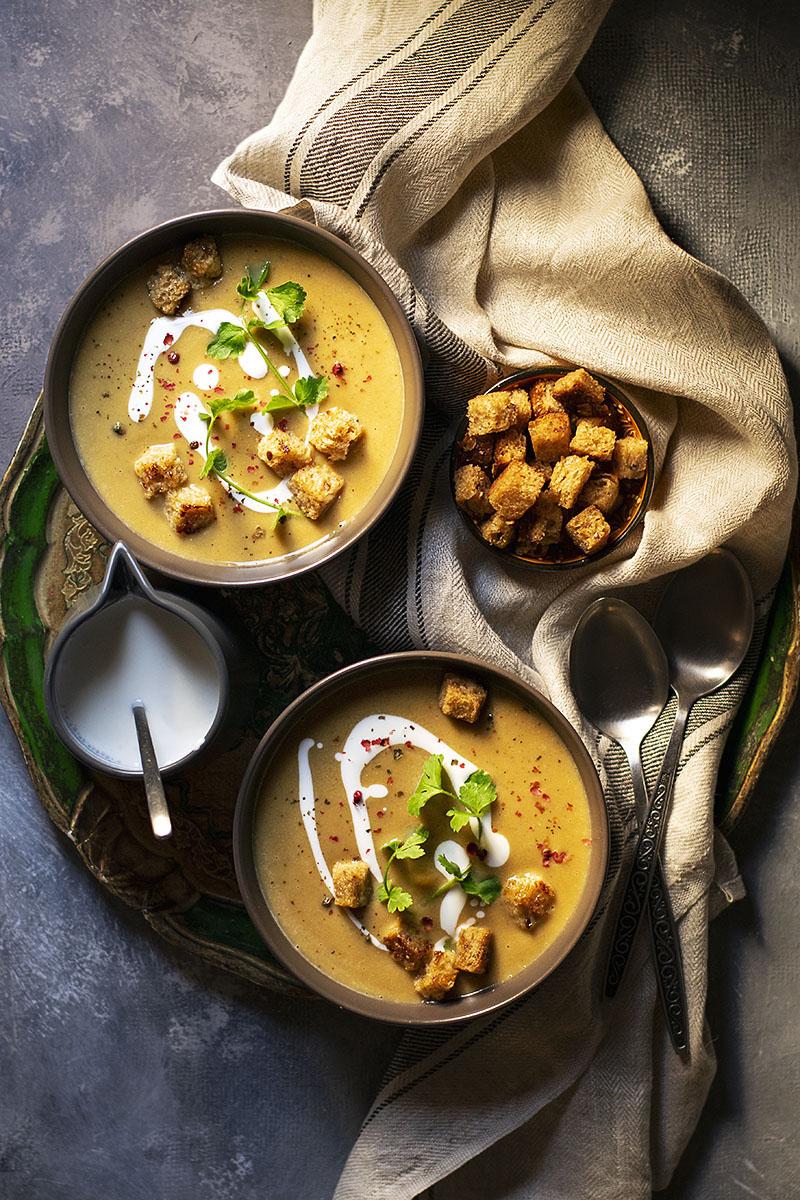 Easy red lentil and pumpkin velvet soup (Vegan) 1