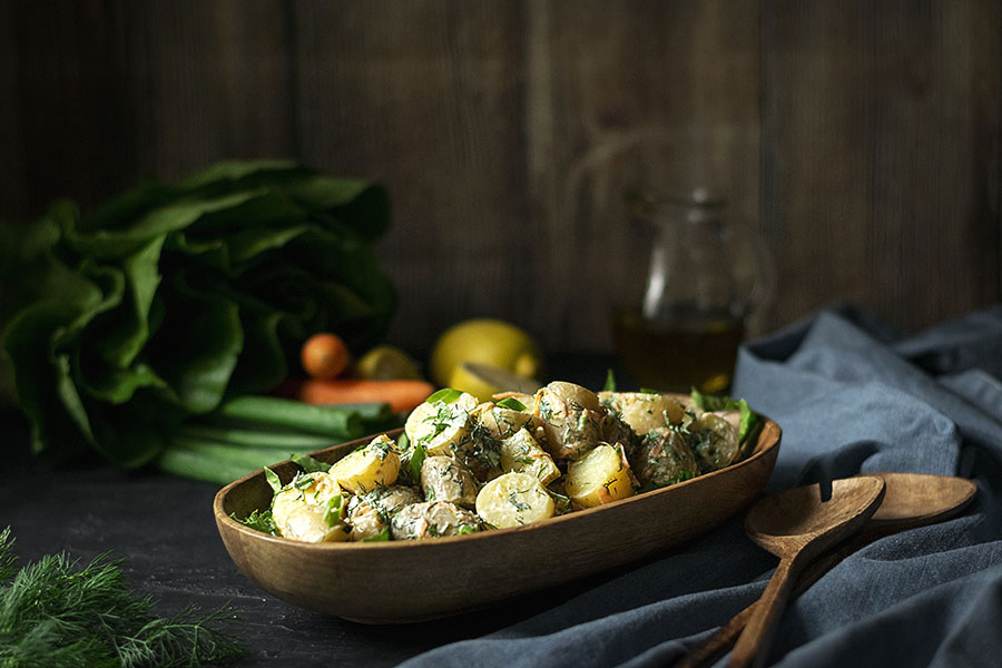 Baby potato salad with yogurt, dill and chives 5