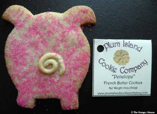 Penelope Pig Cookie