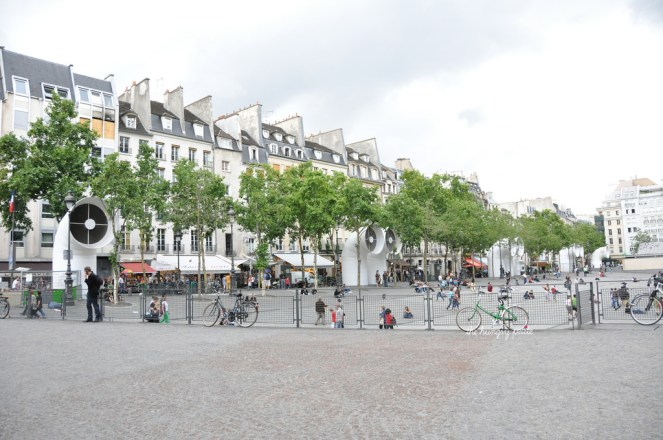 Homes across from the Pompidou