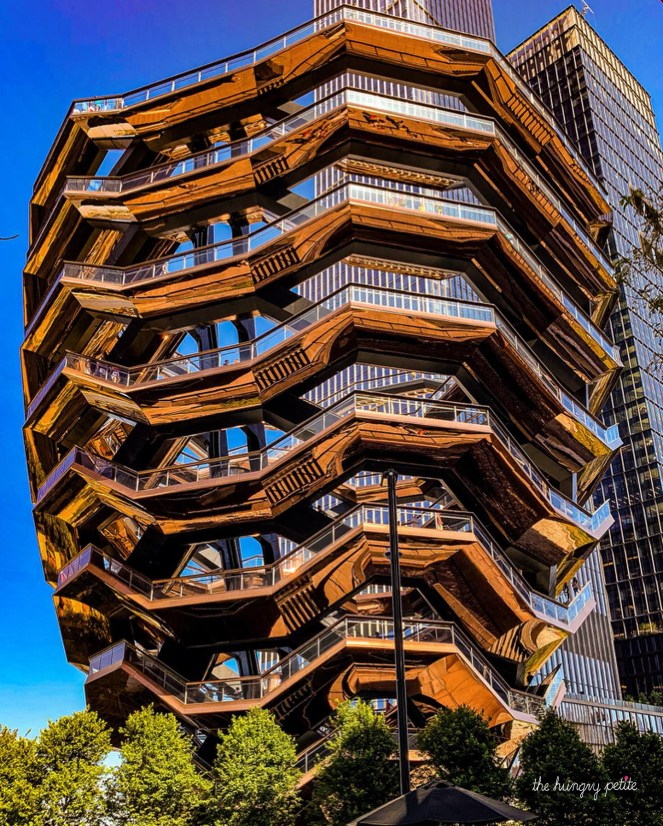 3DEN Hudson Yards, The Vessel First 30 minutes free with code IRISHC7PBN on the 3DEN app