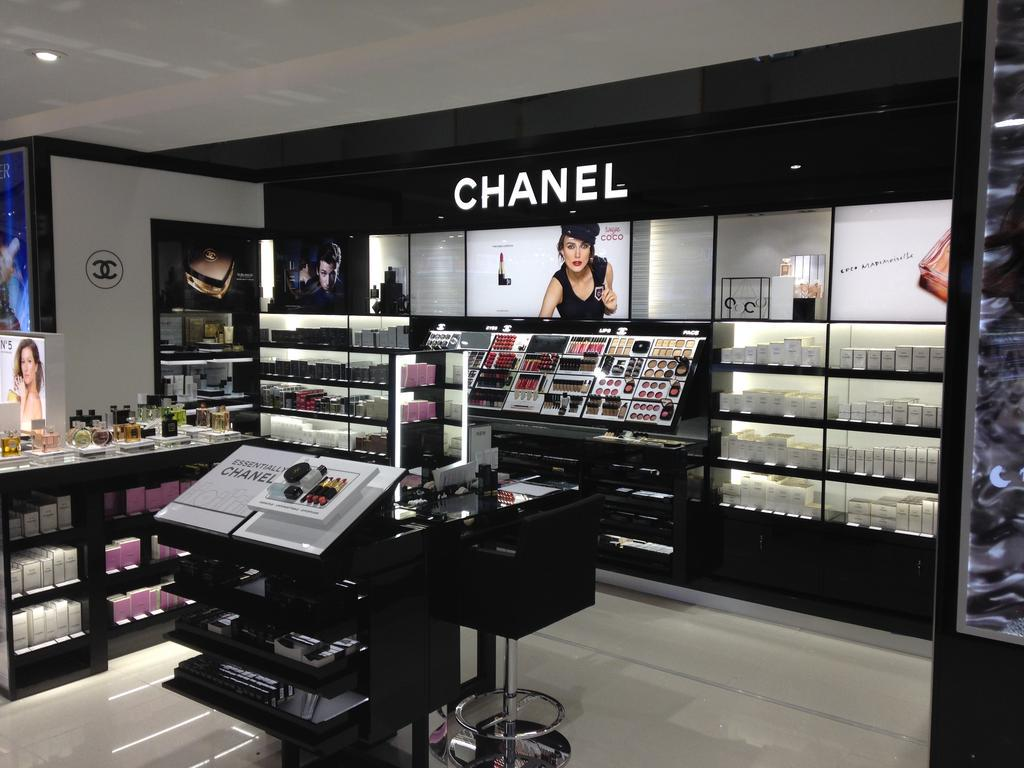 World Duty Free Retail Fit Out