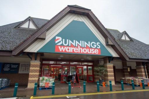 Bunnings Warehouse – Walton-on-Thames