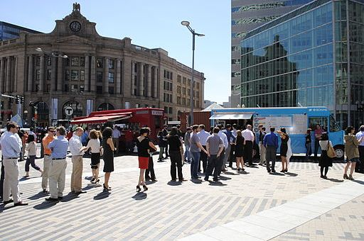 Dewey_Square_Boston_Food_Trucks