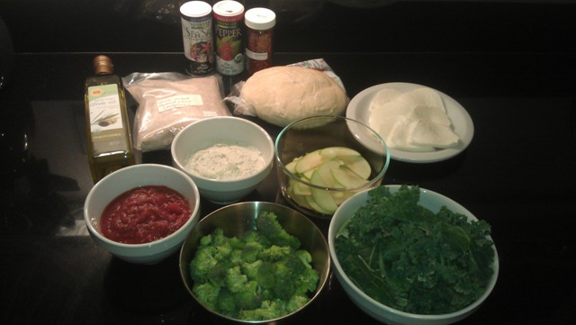 How to make a healthy pizza: mise en place