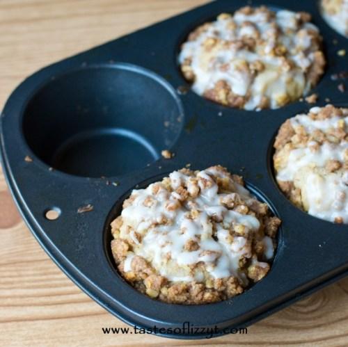 apple butter streusel muffins