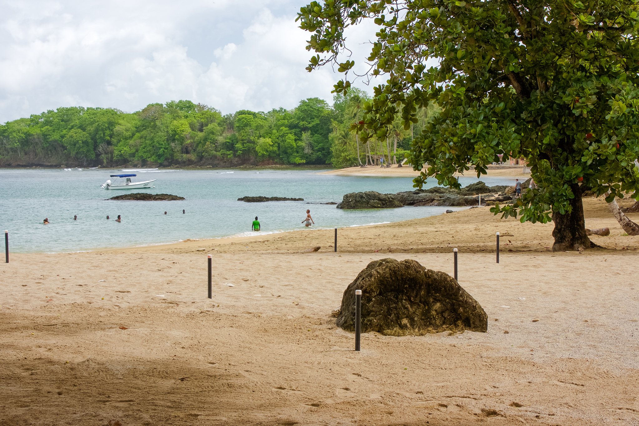 Watch Easy Escapes: Tobago video