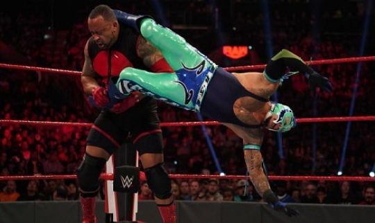 WWE MVP vs Rey Mysterio