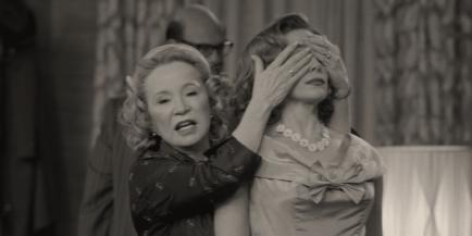 WandaVision Debra Jo Rupp & Elizabeth Olsen