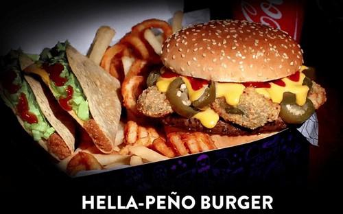 Jack in the Box Hella peno Burger