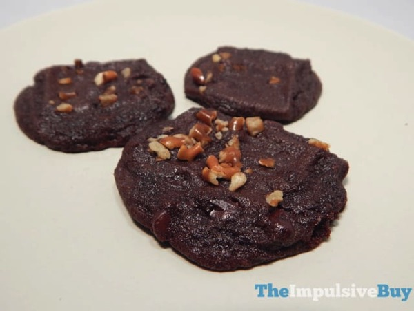 Nestle Toll House Cookie of the Year Chocolate Fudge Pretzel 3