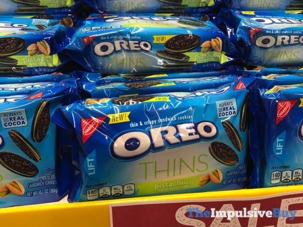 SPOTTED ON SHELVES: Pistachio Creme Oreo Thins - The Impulsive Buy