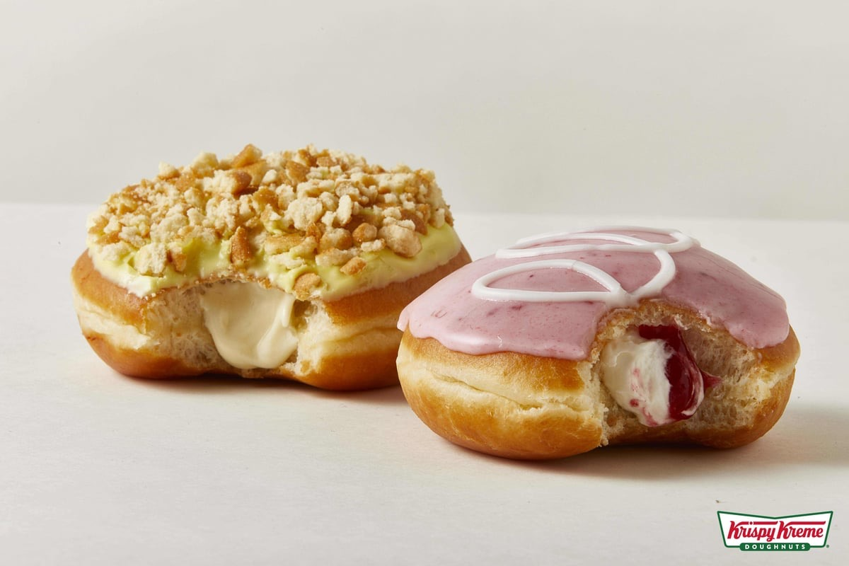 FAST FOOD NEWS: Krispy Kreme Strawberries & Kreme and Banana Pudding Doughnuts - The Impulsive Buy