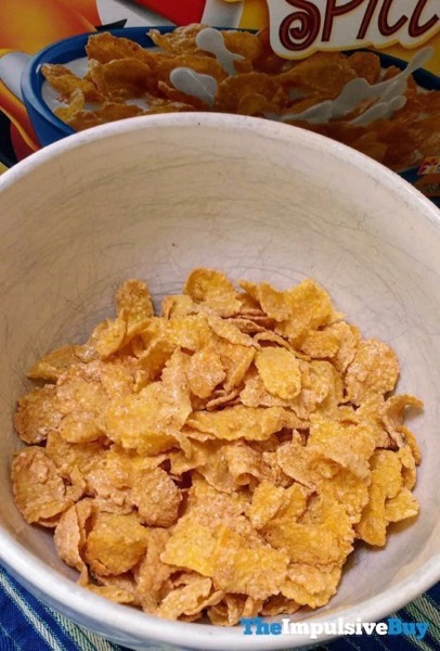 Kellogg s Limited Edition Pumpkin Spice Frosted Flakes 2