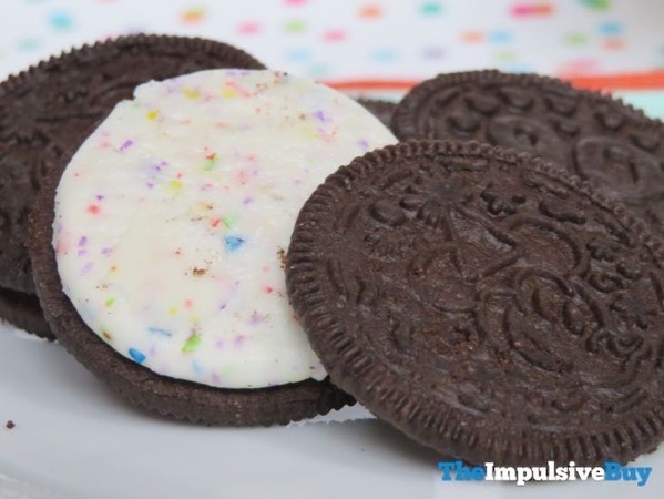 Limited Edition Celebrate Mickey Birthday Cake Oreo Cookies 4