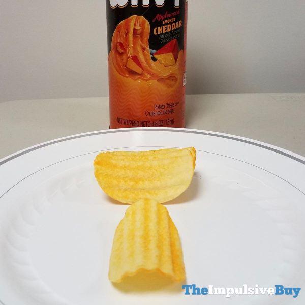 Pringles Wavy Applewood Smoked Cheddar Crisps