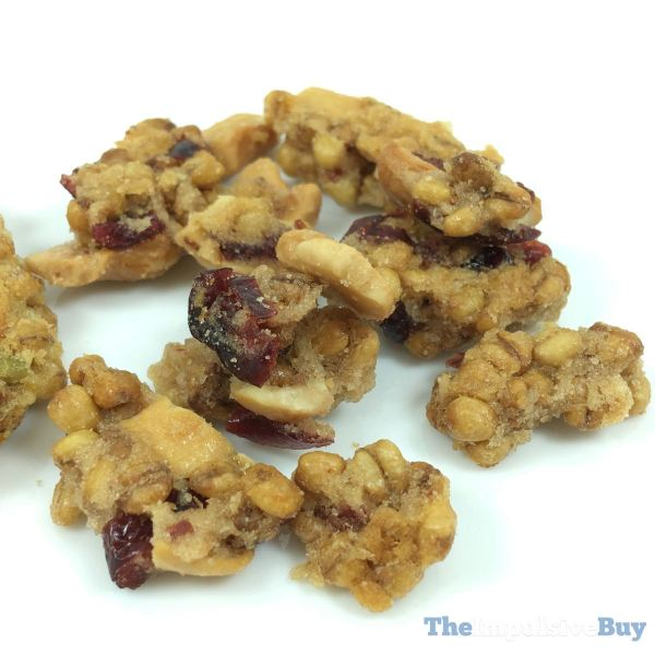 Triscuit Wheatberry Clusters Cranberries  Cashews