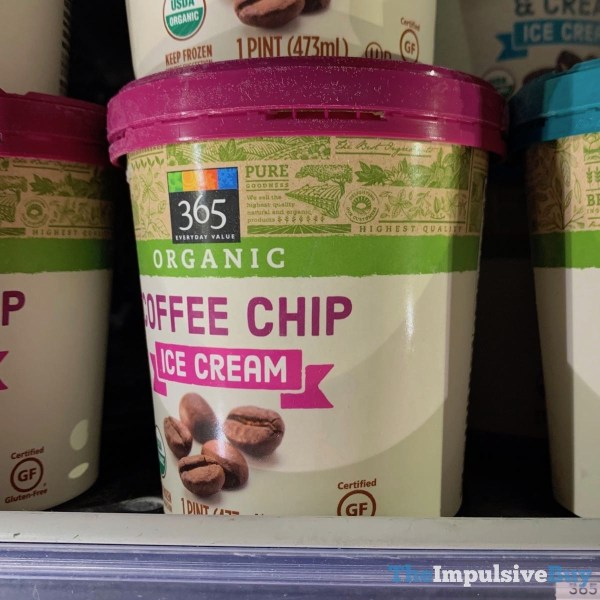 365 Everyday Value Organic Coffee Chip Ice Cream
