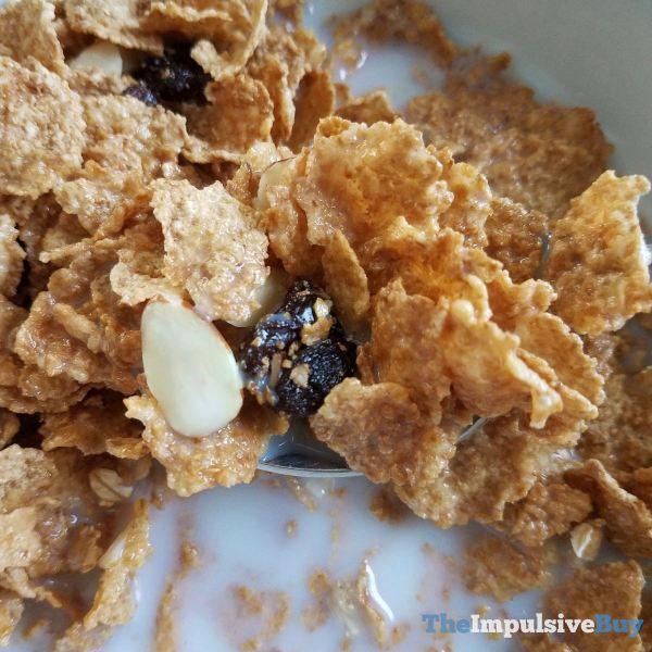 Kellogg s Vanilla Almond Raisin Bran Crunch Cereal Spoon