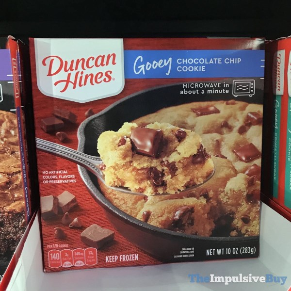 Duncan Hines Gooey Chocolate Chip Cookie