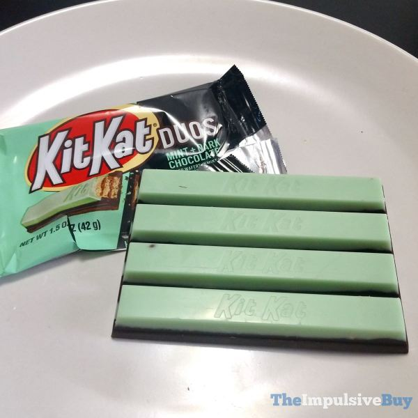 Kit Kat DUOS Mint + Dark Chocolate Fingers