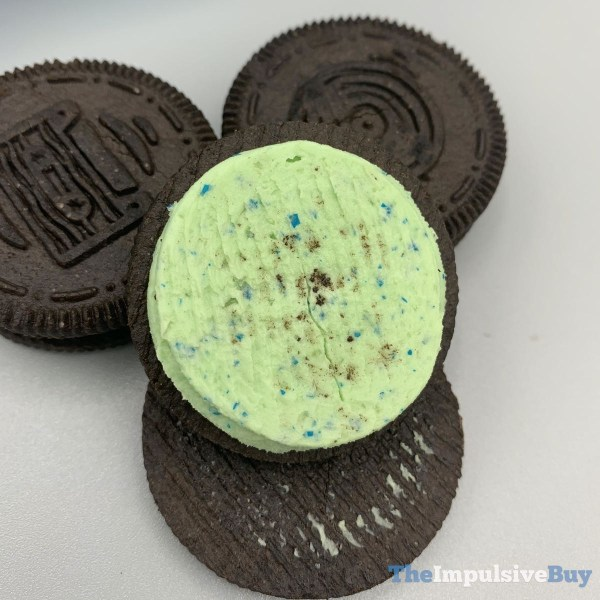 Trolls World Tour Oreo Cookies with Green Creme Glitter and Popping Candy 3