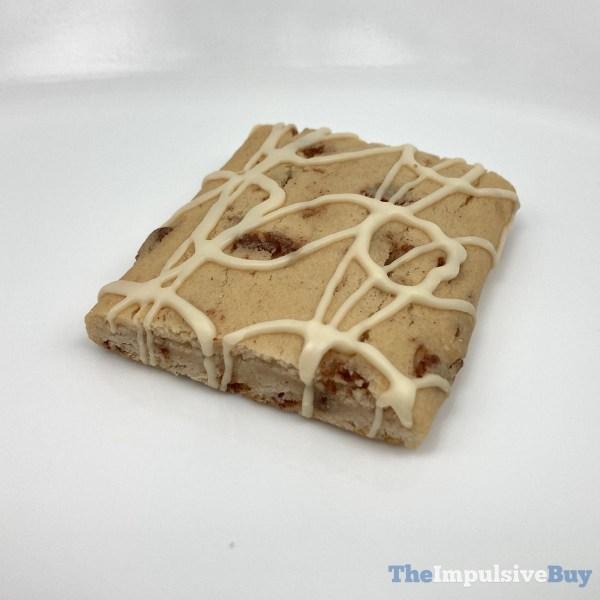 Cinnamon Toast Crunch Soft Baked Bars Closeup