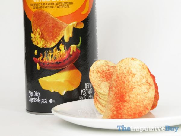 Pringles Scorchin Potato Crisps Cheddar 5