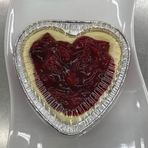 Heart Shape Plain Cheesecake with Strawberry Topping