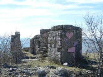 Sniper bunker, Hum Hill, Mostar, Bosnia