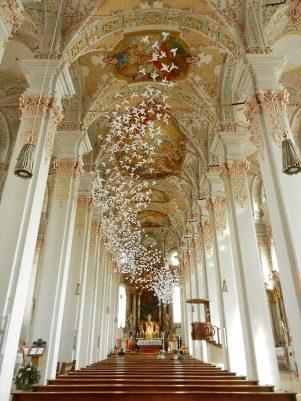 inside-heiliggeistkirche-munich-germany