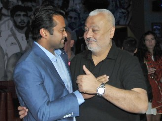 Punjab Marshalls Leander Paes in conversation with Owner Gurpreet Singh Kiki