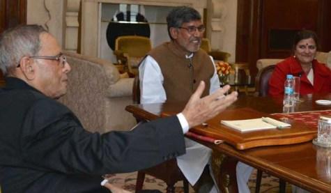 Kailash Satyarthi and his wife Sumedha with Presidfent of India