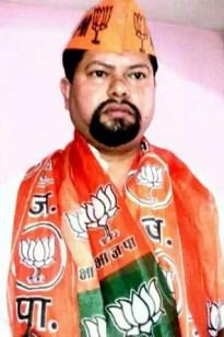 भारतीय जनता पार्टी का 36 वां स्थापना दिवस अपने घर पर सेक्टर 32 सी , चंडीगढ़ भजपा कार्यकर्ता शशि प्रकाश पांडेय ने इस अंदाज़ में मनाया   व अपने घर पर झंडा लहराया  