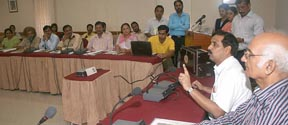D.P.I.(S)Mr.S.K.Setia,Addressing the Eco-Club teachers during the Seminar at Commonwealth Asia Centre,Sector 12,Chd