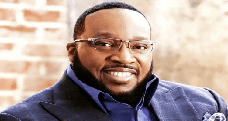 Marvin Sapp Has Reasons to Celebrate