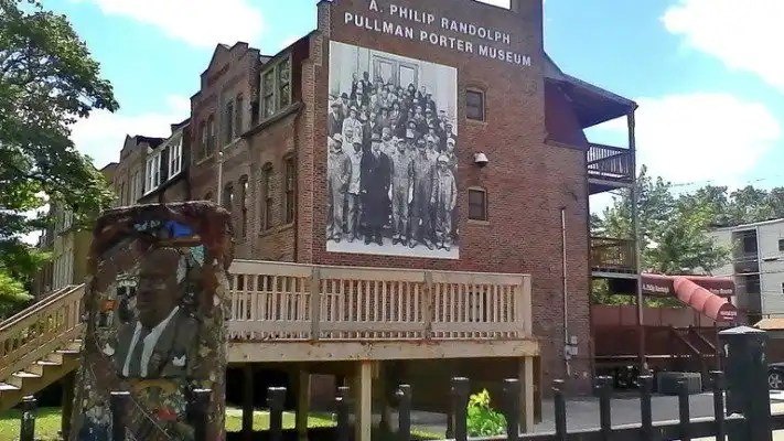 Reverend Jesse Jackson Sr. Civil Rights Wing Will Debut at Historic Pullman Porter Museum