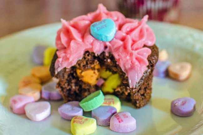 Conversation-Heart-Valentines-Cupcakes-2