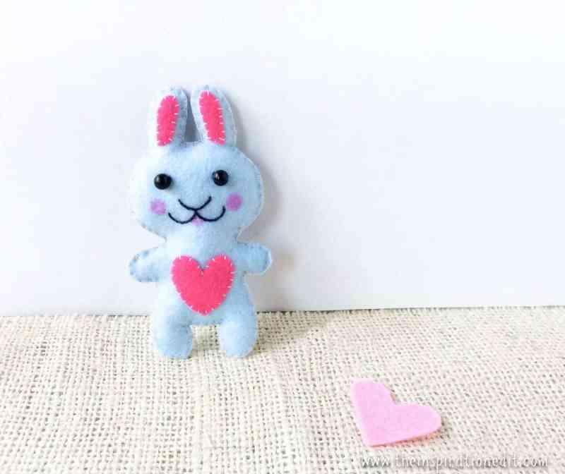 DIY Felt Bunny