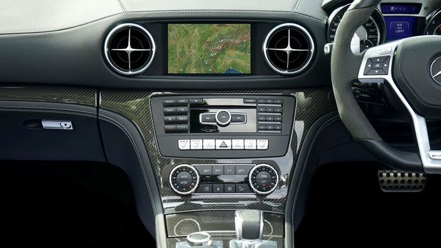 How to Choose an Aftermarket Car Audio System