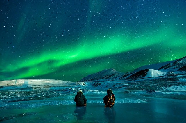 6 of the Most Inspiring Places on Earth - Aurora Borealis - Iceland