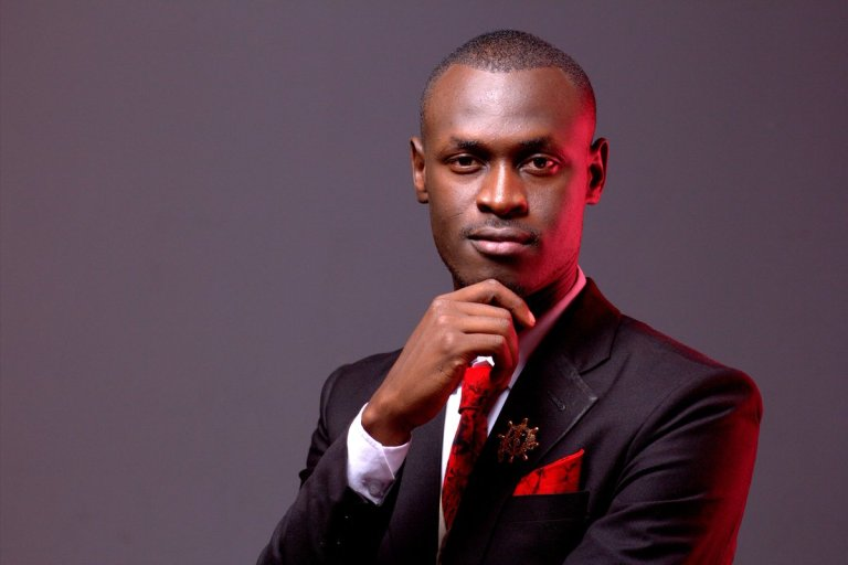 Is King Kaka losing grip on his fanbase?