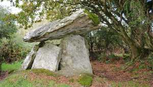 The Gaulstone Dolmen - The Irish Place