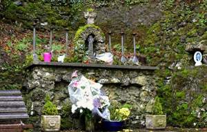 The Altar at Tobernalt Holy Well with the Penal Cross - The Irish Place