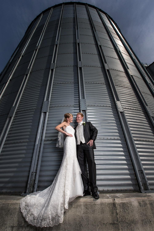 Sej gom og skøn brud til bryllup i Vildbjerg ved Herning