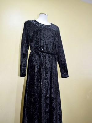 Black Velvet Full Length Abayah by Q&S Islamic Store